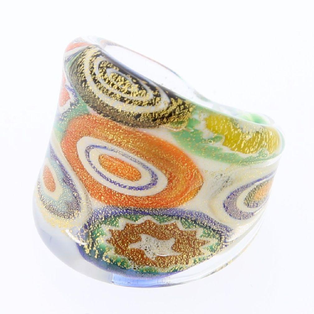 Millefiori Lattimo Golden ring in flat design