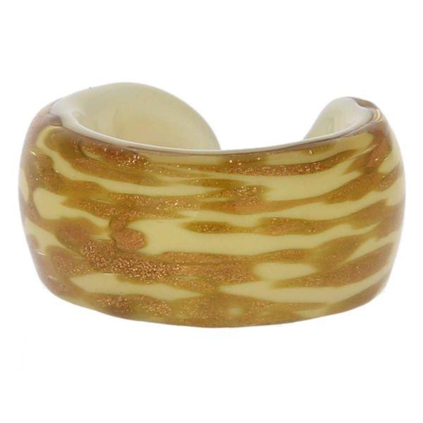 Avventurina Honey Ring In Flat Design