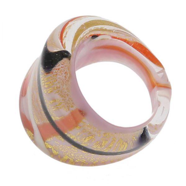 Avventurina Gentle Lilac Ring In Flat Design