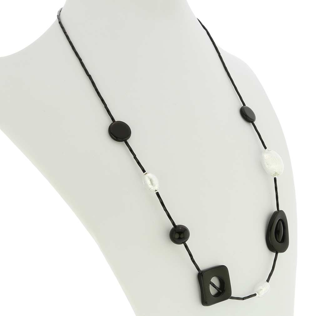 Nero E Argento Necklace
